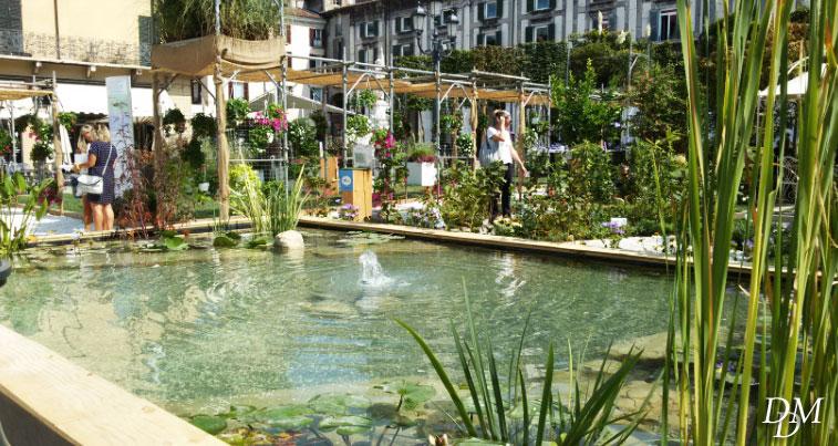 La piazza di brescia diventa un giardino con fiori e specchi d 39 acqua fiori e foglie - Giardino d acqua ...