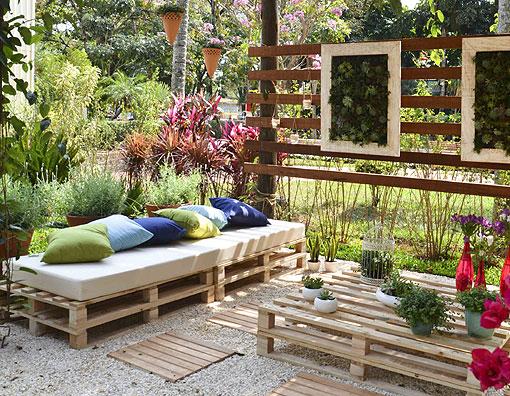 Arredo da giardino con i pallets la sfida del riciclo - Pallet arredo giardino ...