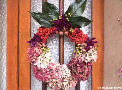 Decorazioni Natalizie Con Foglie Di Magnolia.La Ghirlanda Natalizia Cerchiamola In Giardino Fiori E