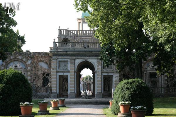 Villa Visconti Borromeo Litta a Lainate, a pochi minuti da Milano