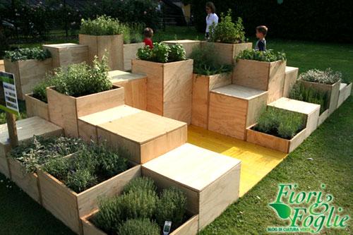 L 39 orto moderno riciclato low cost e creativo fiori e foglie - Mobili da giardino low cost ...