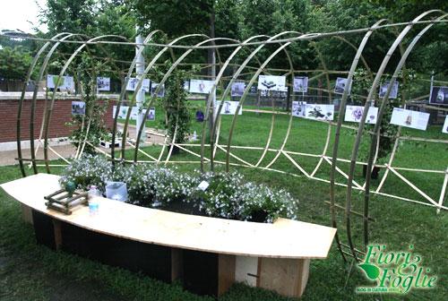 Per il terrazzo una pergola tutta in bamb fiori e foglie - Pergola bambu ...